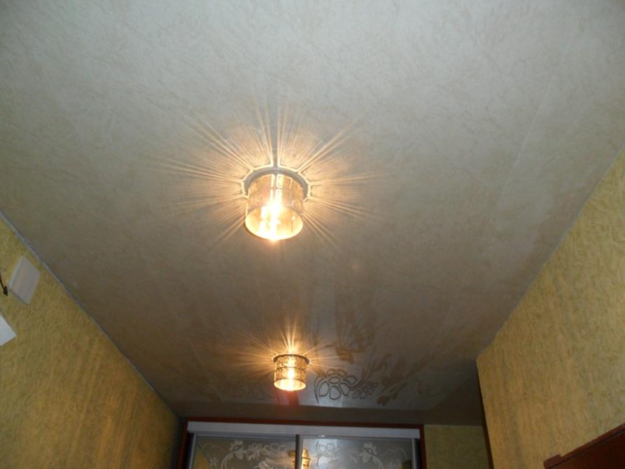 Как сделать навесной потолок из пластиковых
